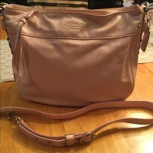 Coach NWOT Pink Leather Zoe Hobo Handbag